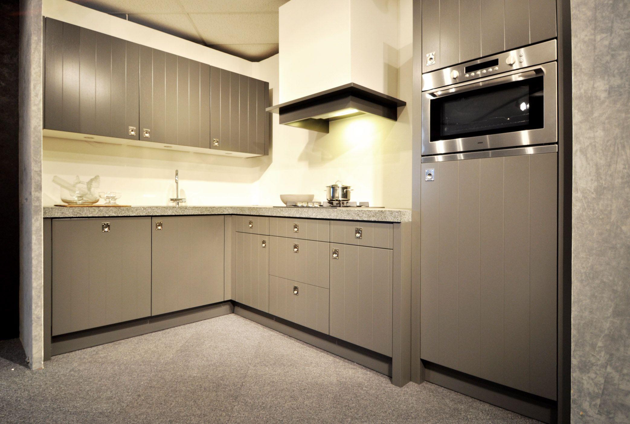 Landelijk Hoek Keuken : Keukens.nl2 keller hoekkeuken landelijk cornwal grijs [48897]